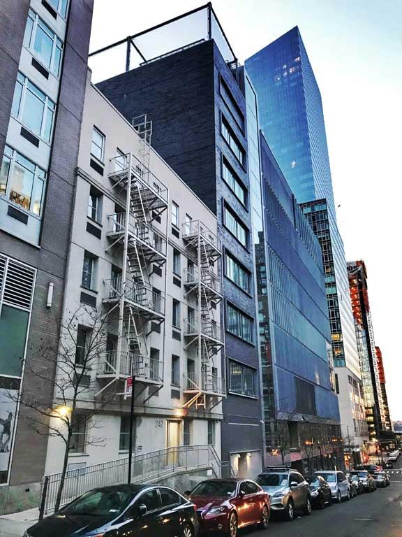 Manhattan Rental Buildings